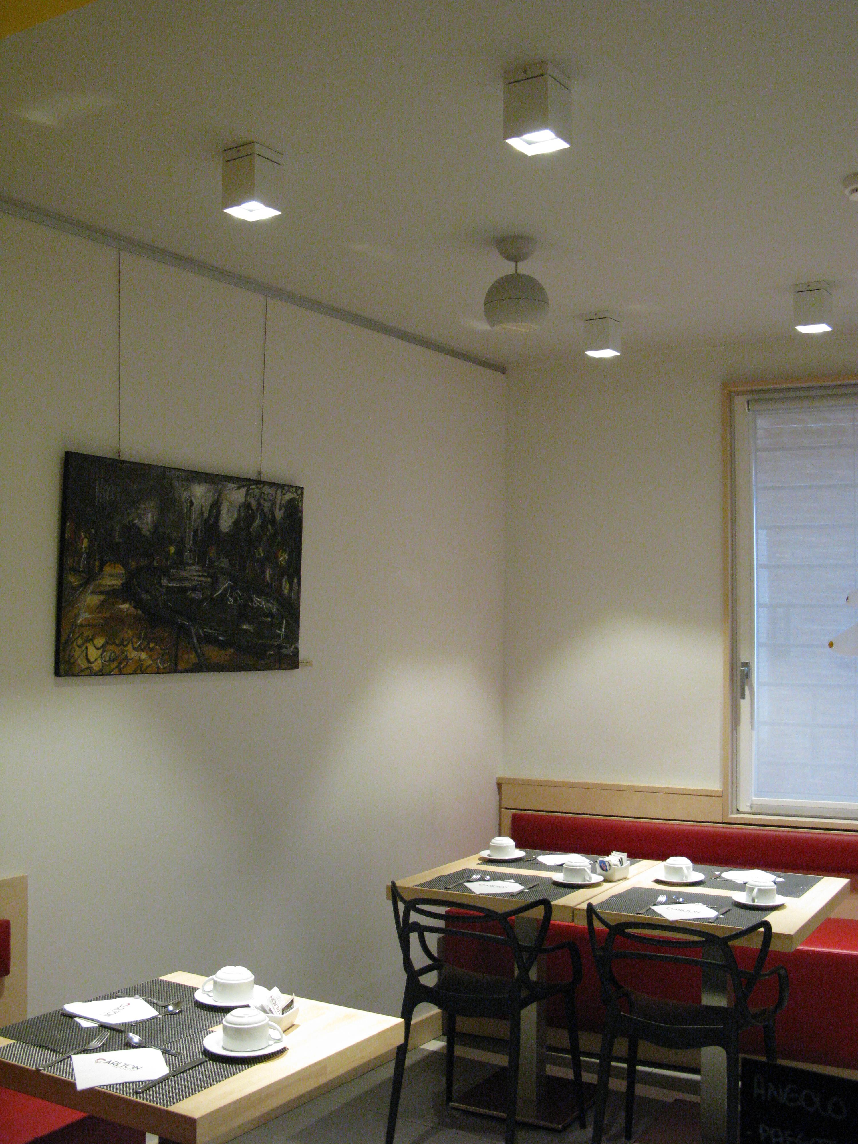 R25 nobile sistemi di illuminazione a led for Sistemi di illuminazione led